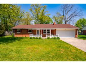Property for sale at 11 Hitching Post Road, Englewood,  Ohio 45322