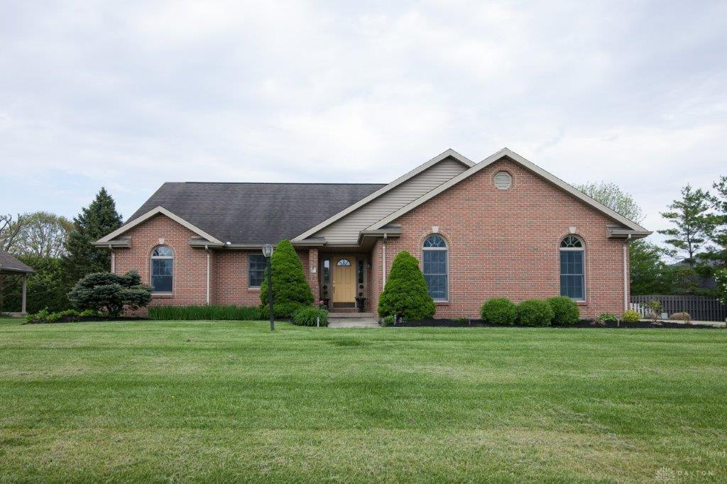 Photo of home for sale at 9411 Meckstroth Drive, Piqua OH