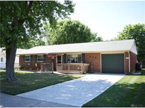 Property for sale at 405 Martindale Road, Englewood,  Ohio 45322