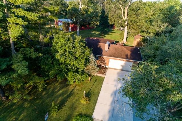 Photo of home for sale at 4613 Lamont Drive, Yellow Springs Vlg OH