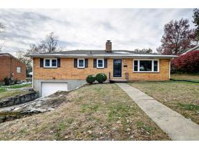 Property for sale at 404 Eastline Drive, Middletown,  Ohio 45044