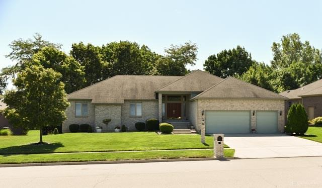 Photo of home for sale at 2326 Cheviot Hills Lane, Vandalia OH