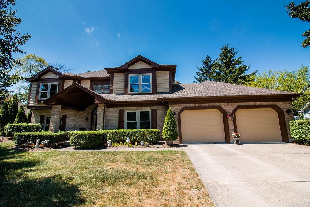 Photo of home for sale at 10195 Cherry Tree Terrace, Centerville OH