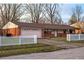 Property for sale at 2183 Lakeman Drive, Bellbrook,  Ohio 45305