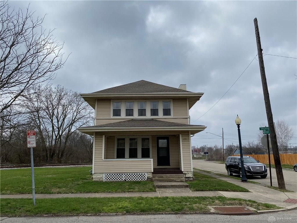 Photo of home for sale at 201 Broadway Street, Dayton OH