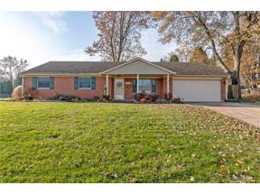 Property for sale at 2328 Glenheath Drive, Kettering,  Ohio 45440