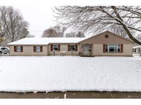 Property for sale at 487 Cedarleaf Drive, Centerville,  Ohio 45459