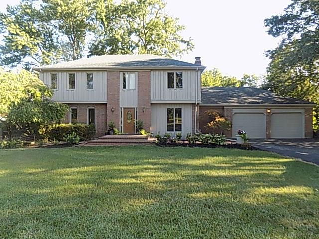 Photo of home for sale at 337 Normandy Ridge Road, Washington Twp OH