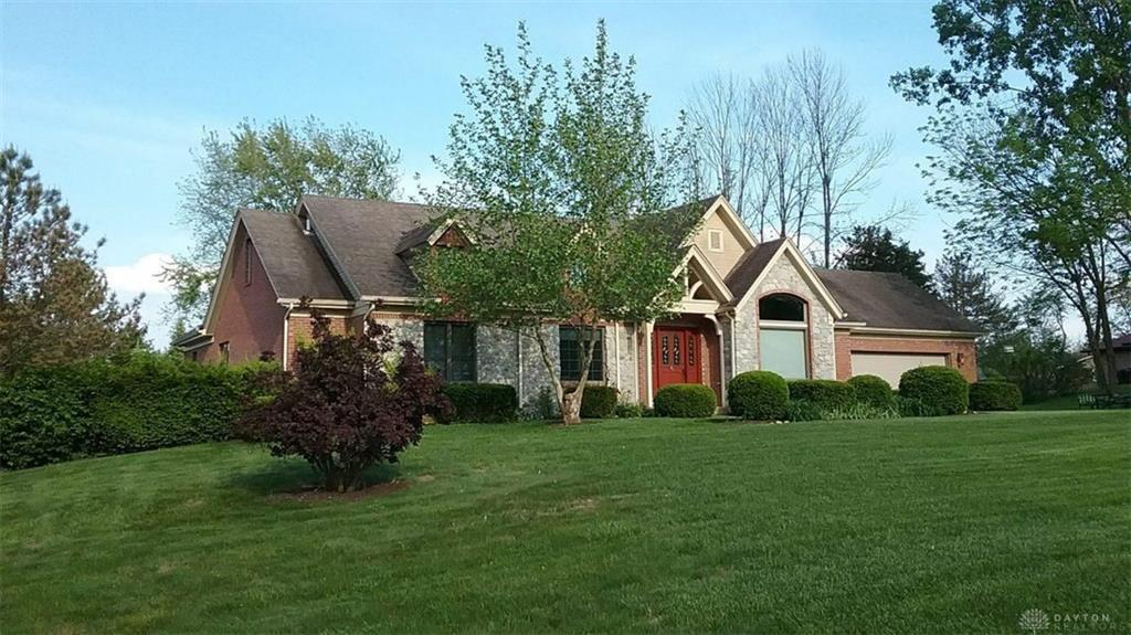 Photo of home for sale at 1930 Lani Drive, Eaton OH