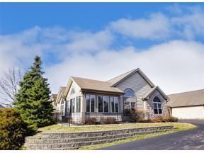 Property for sale at 221 Villa Pointe Drive, Springboro,  Ohio 45066