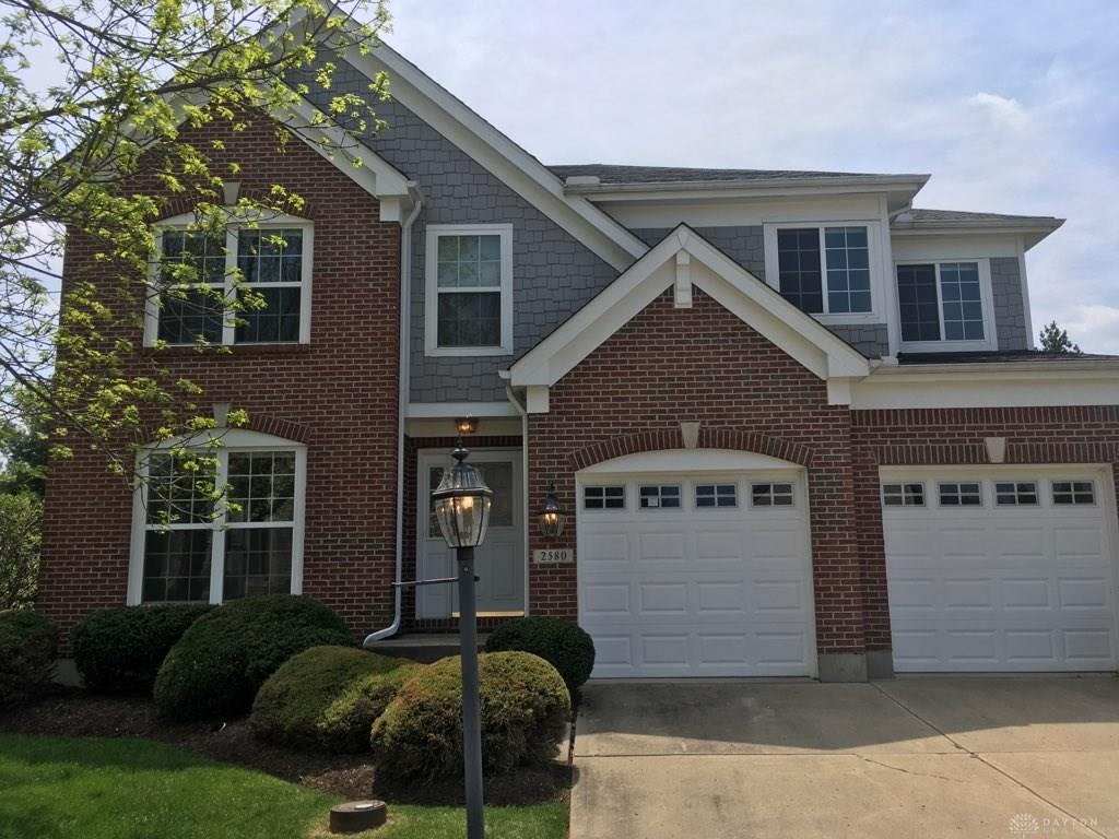 Photo of home for sale at 2580 Hingham Lane, Washington Twp OH
