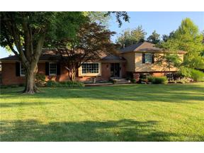 Property for sale at 223 Poinciana Drive, Centerville,  Ohio 45459