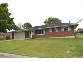 Property for sale at 452 Crestview Drive, Lebanon,  Ohio 45036