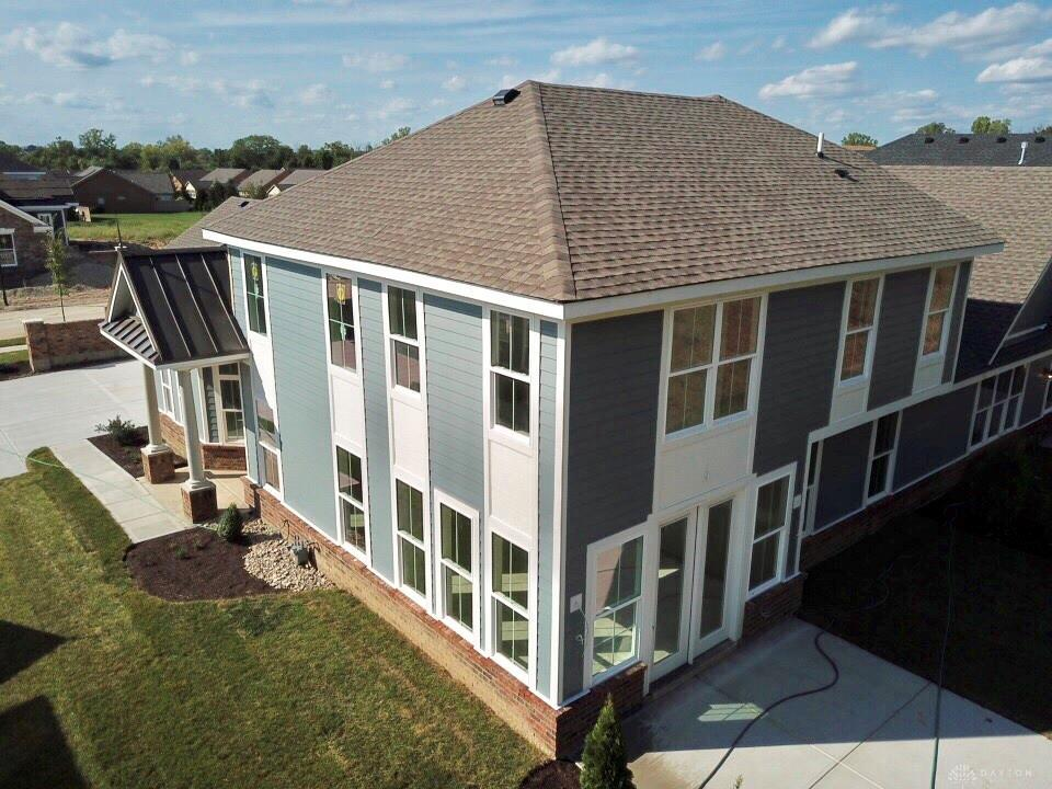 Photo of home for sale at 9470 Banyan Court, Centerville OH