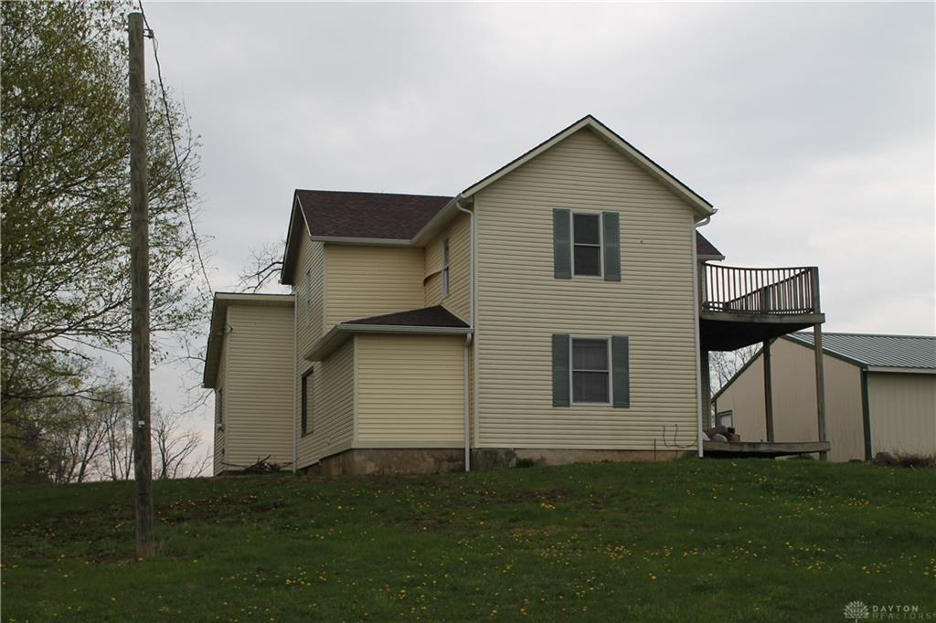 Photo of home for sale at 13535 Cowpath Road, New Carlisle OH