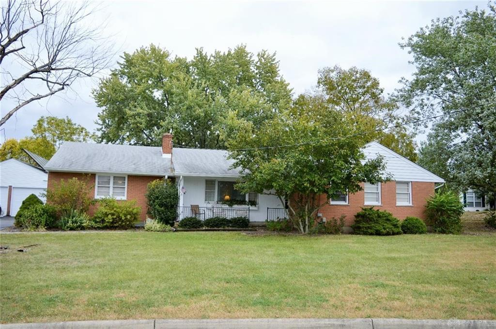 Photo of home for sale at 4320 Stitt Road, Mason OH