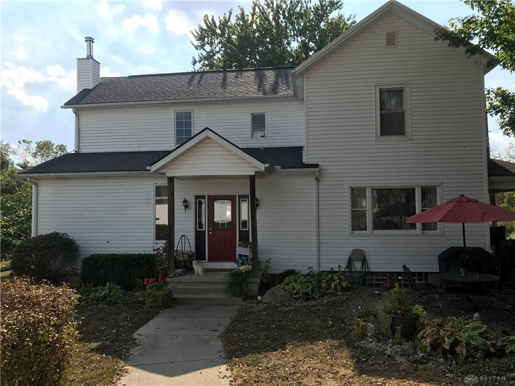 Photo of home for sale at 14680 Oxford Road, Germantown OH
