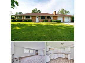 Property for sale at 9 Shadybrook Drive, Dayton,  OH 45459