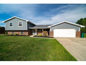 Property for sale at 2290 Spicer Drive, Beavercreek,  Ohio 45431