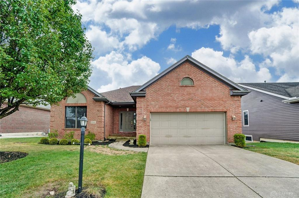 Photo of home for sale at 9546 Country Path Trail, Miamisburg OH