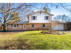 Property for sale at 710 Carlsbrook Drive, Beavercreek,  Ohio 45434