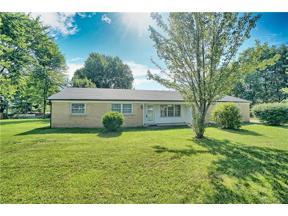 Property for sale at 1518 Kensington Drive, Bellbrook,  Ohio 45305