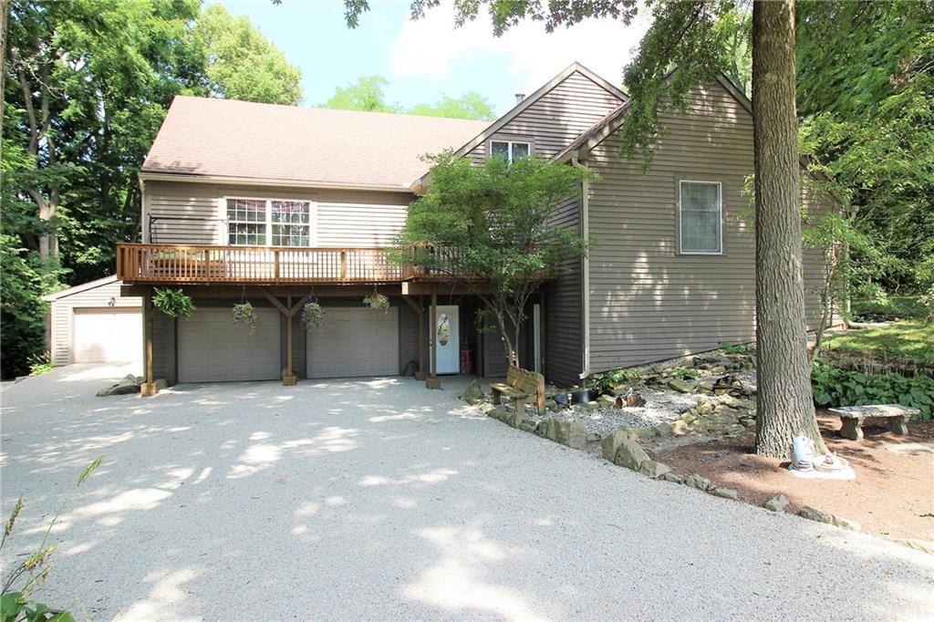 Photo of home for sale at 142 Cherry Hill Drive, Greenville OH