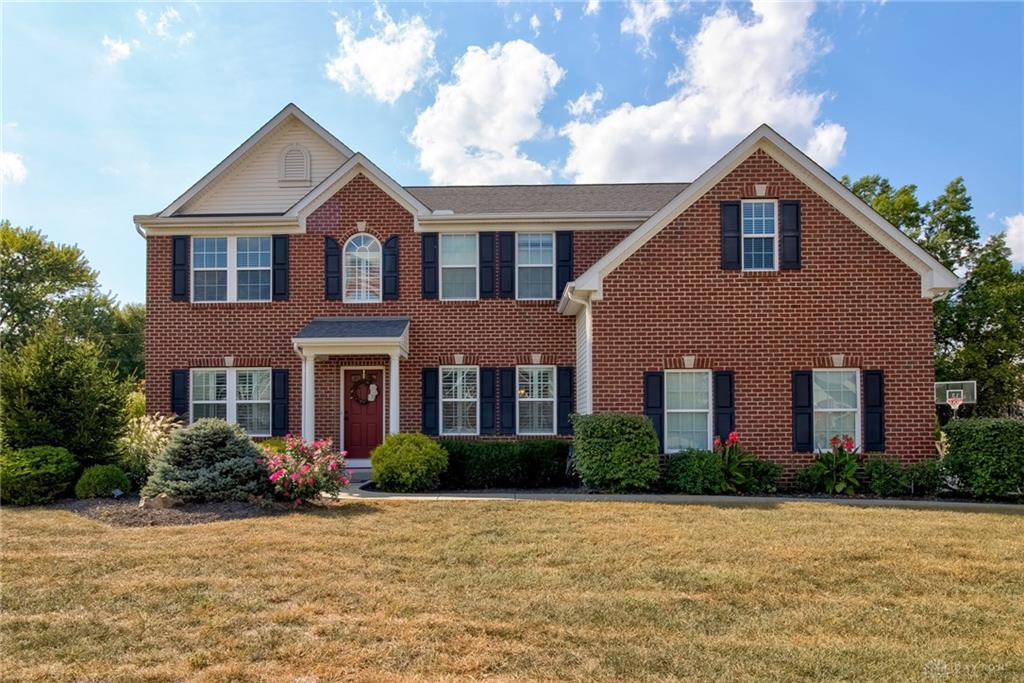 Photo of home for sale at 5075 Lakota Woods Drive, Liberty Twp OH
