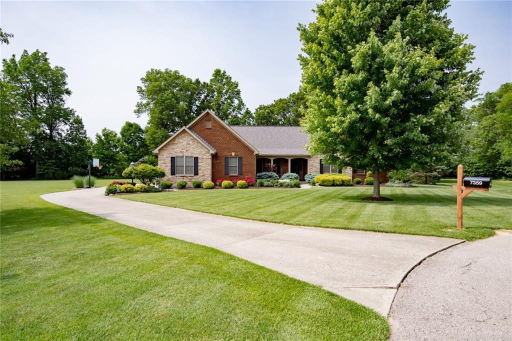 Photo of home for sale at 7359 Misty Woods Court, Morrow OH
