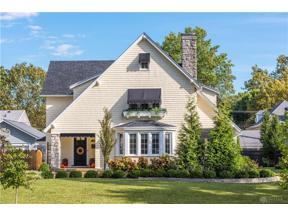 Property for sale at 127 Dixon Avenue, Oakwood,  Ohio 45419