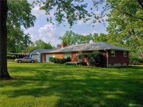 Property for sale at 4052 Woodedge Drive, Bellbrook,  OH 45305