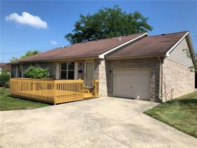 Property for sale at 15 Robinwood Court, Englewood,  Ohio 45322