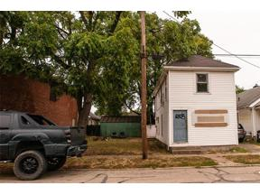 Property for sale at 2105 Woodlawn Avenue, Middletown,  Ohio 45044