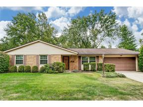 Property for sale at 110 Lodewood Drive, Centerville,  Ohio 45458