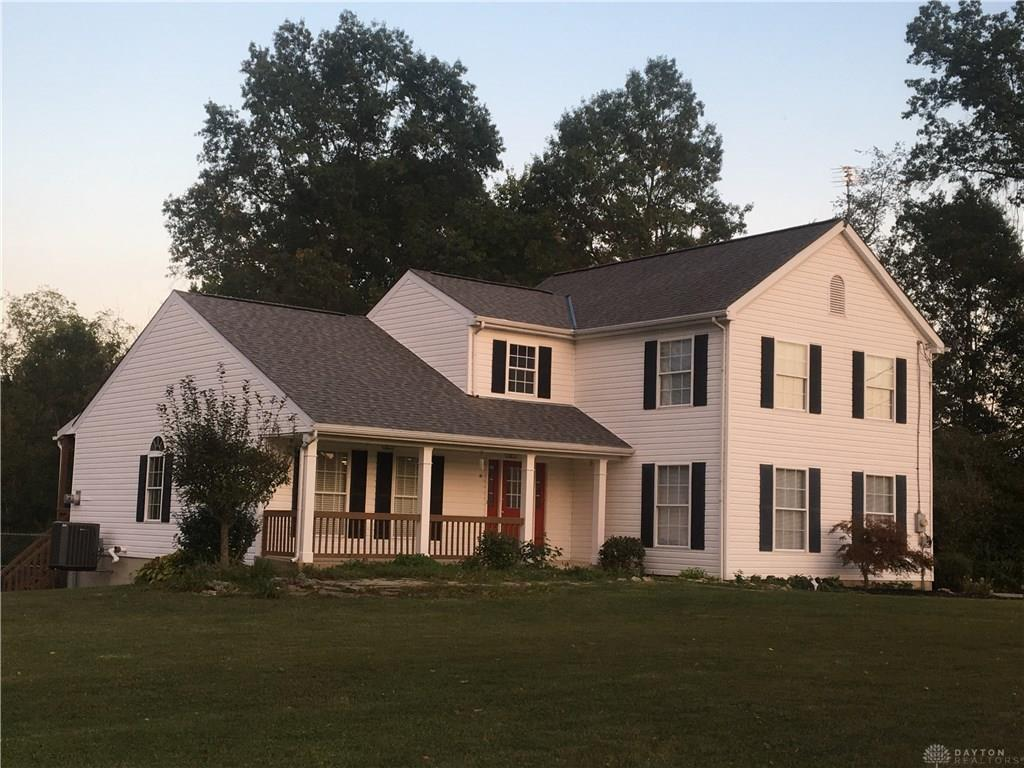 Photo of home for sale at 3153 Old State Road, Mt Orab OH