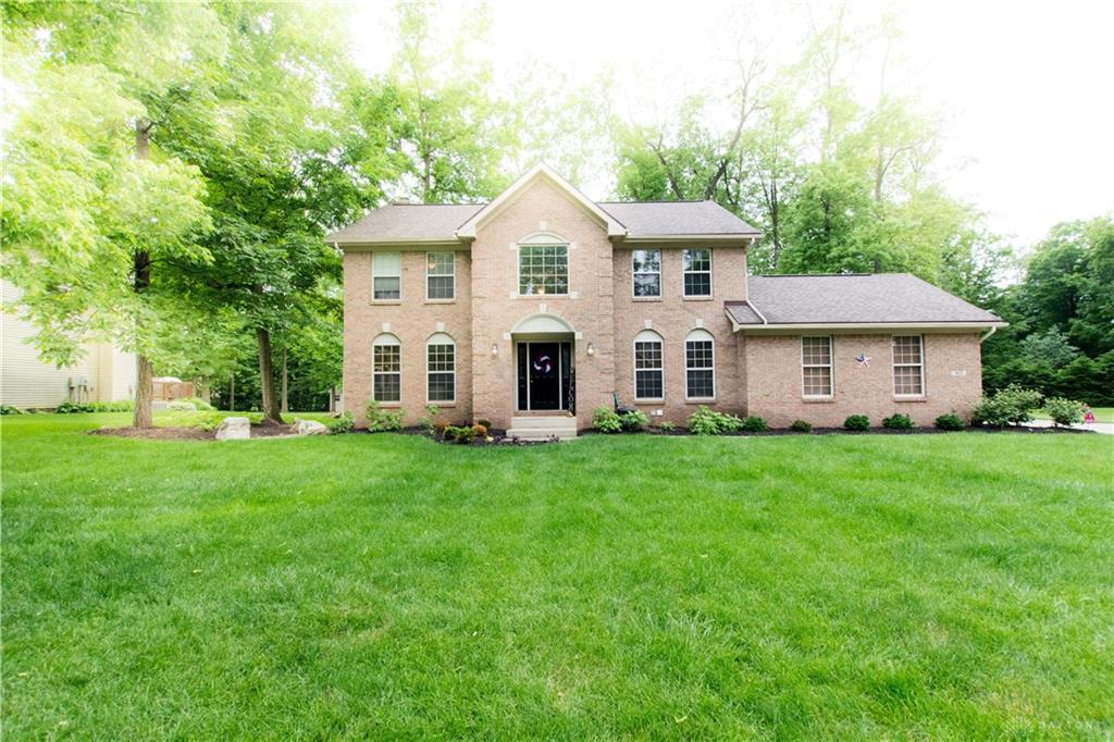 Photo of home for sale at 921 Sawmill Court, Springfield OH