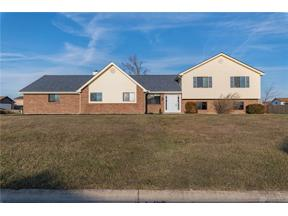 Property for sale at 2402 Spicer Drive, Beavercreek,  Ohio 45431