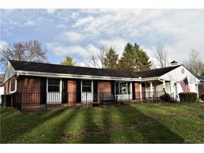 Property for sale at 2833 Meadow Park Drive, Kettering,  Ohio 45440