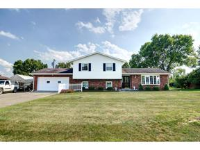 Property for sale at 2161 Ernestine Drive, Middletown,  Ohio 45042