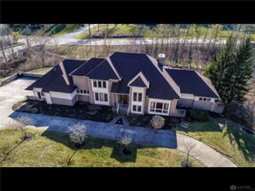 Property for sale at 1500 Shore Woods Drive, Centerville,  Ohio 45459