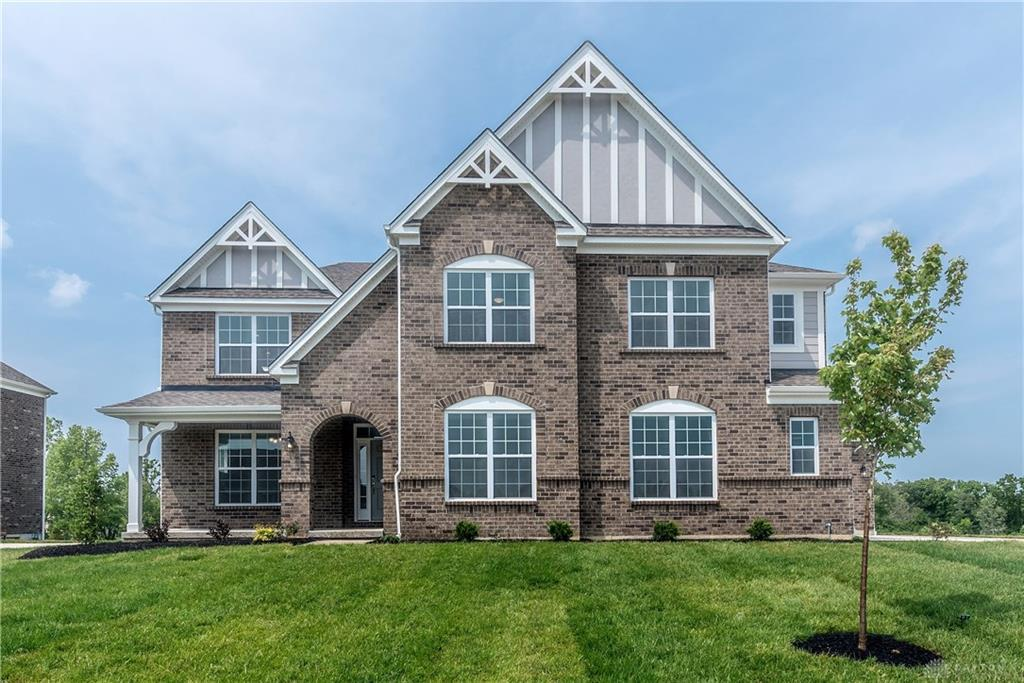 Photo of home for sale at 1994 Stonewater Drive, Washington Twp OH