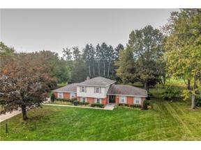 Property for sale at 1024 Regent Park Drive, Centerville,  Ohio 45429