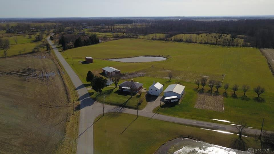 Photo of home for sale at 10055 Quaker Trace Road, Camden OH