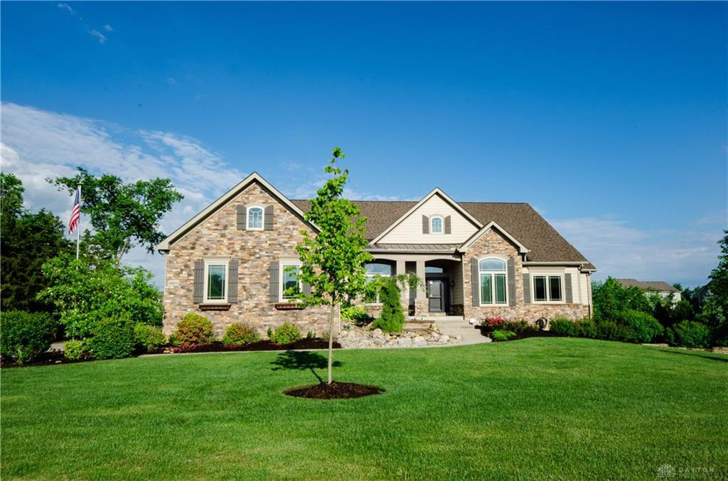 Photo of home for sale at 10971 Cold Spring Drive, Centerville OH