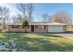 Property for sale at 7839 Lisa Lee Lane, Dayton,  Ohio 45415