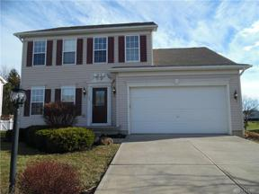 Property for sale at 104 Summitt Drive, Englewood,  Ohio 45322