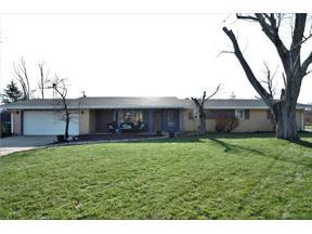 Property for sale at 2867 Zimmer Court, Beavercreek,  Ohio 45431