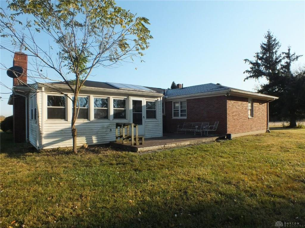Photo of home for sale at 6623 Hankins Road, Liberty Twp OH