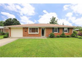 Property for sale at 127 Lodestone Drive, Englewood,  OH 45322