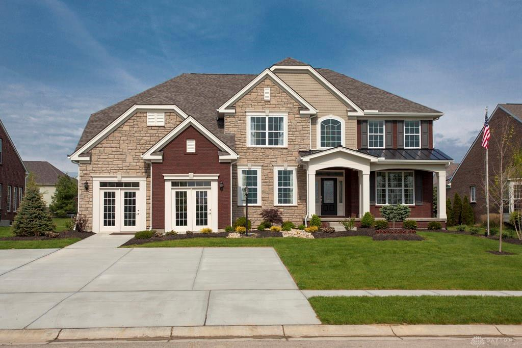 Photo of home for sale at 192 Summerford Place, Washington Twp OH